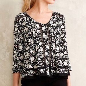 Anthropologie Women Size 2 Floral Swing Blouse 3/4
